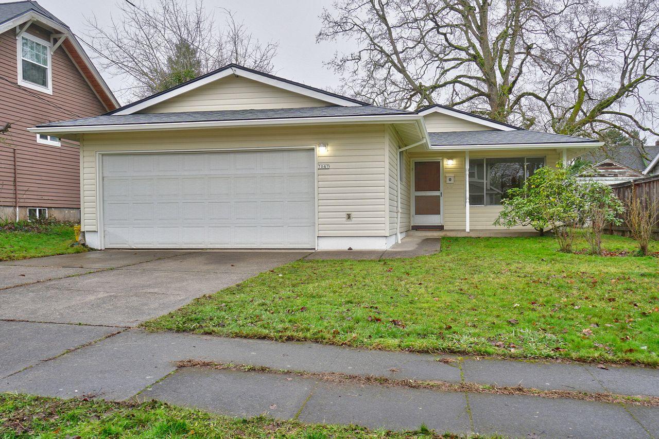 Shauna Stroup-Harrison's listing at 7047 NE Rodney Ct, Portland, OR