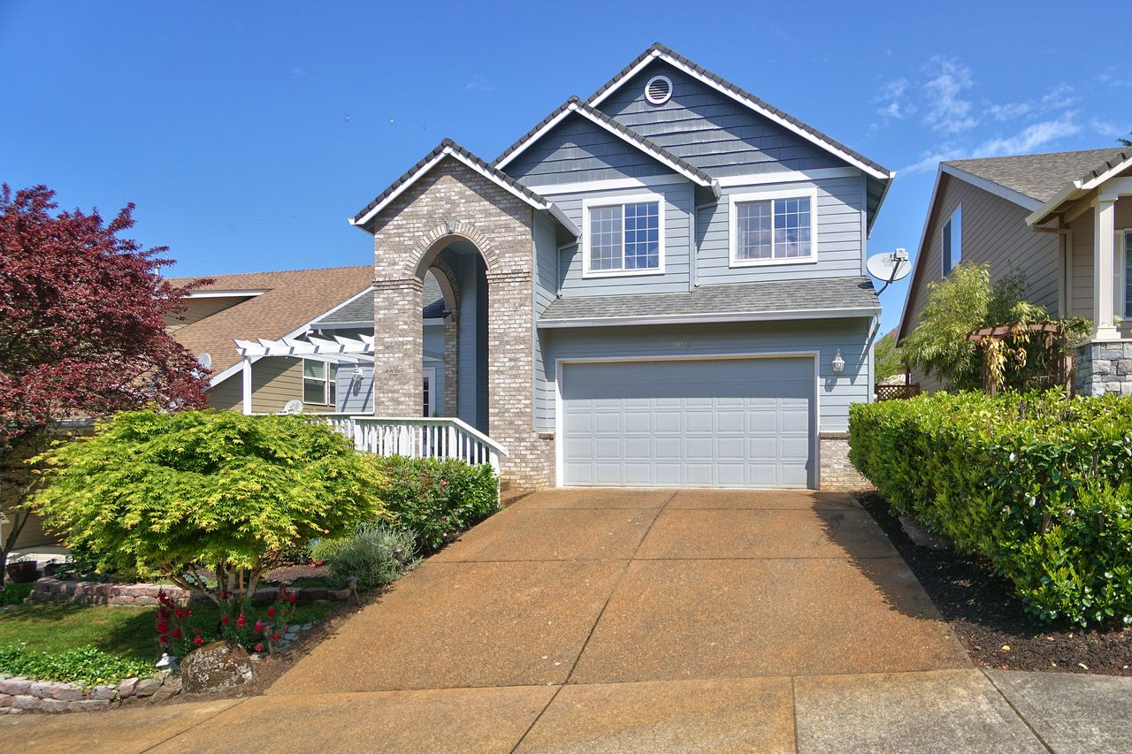 Mei Su's listing at 16145 SW Bray Ln, Tigard, OR