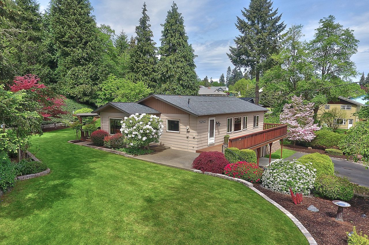 Candice Fuller and Lisa Hinkle's listing at 52921 NW Ej Smith Rd, Scappoose, OR