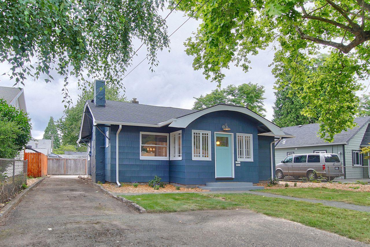 J.P. Praisler's listing at 8915 NE Prescott St Portland Oregon
